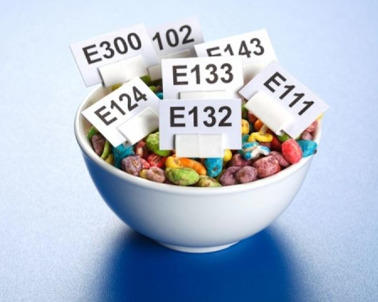 4 συστατικά στα τρόφιμα που ΠΡΕΠΕΙ να αποφύγεις όταν θες να χάσεις βάρος!