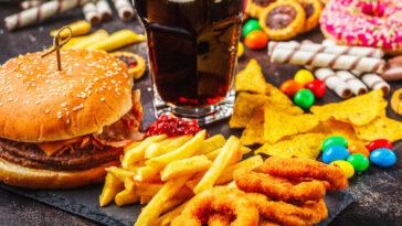 junk food,junk food στο σπιτι,junk food essay,junk food advertising essay,junk food synonym,junk food μεταφραση,junk food αθηνα,junk food με λιγεσ θερμιδεσ,junk food disadvantages