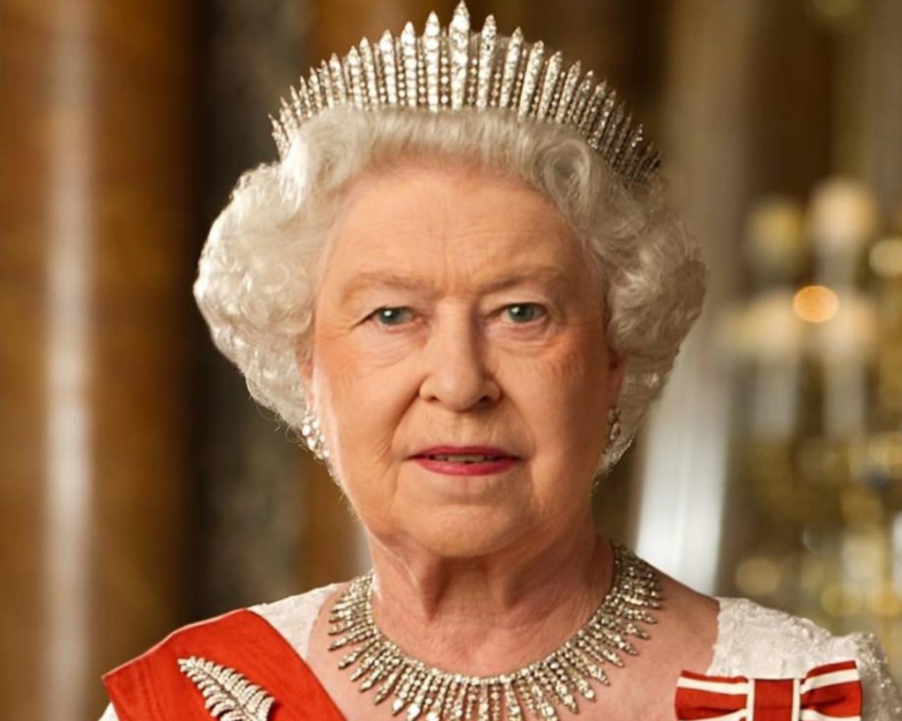 βασιλισσα ελισαβετ,βασιλισσα ελισαβετ παιδια,βασιλισσα ελισαβετ υψοσ,βασιλισσα ελισαβετ συζυγοσ,βασιλισσα ελισαβετ γαμοσ,βασιλισσα ελισαβετ α,βασιλισσα ελισαβετ νεα,βασιλισσα ελισαβετ β,βασιλισσα ελισαβετ αδερφια