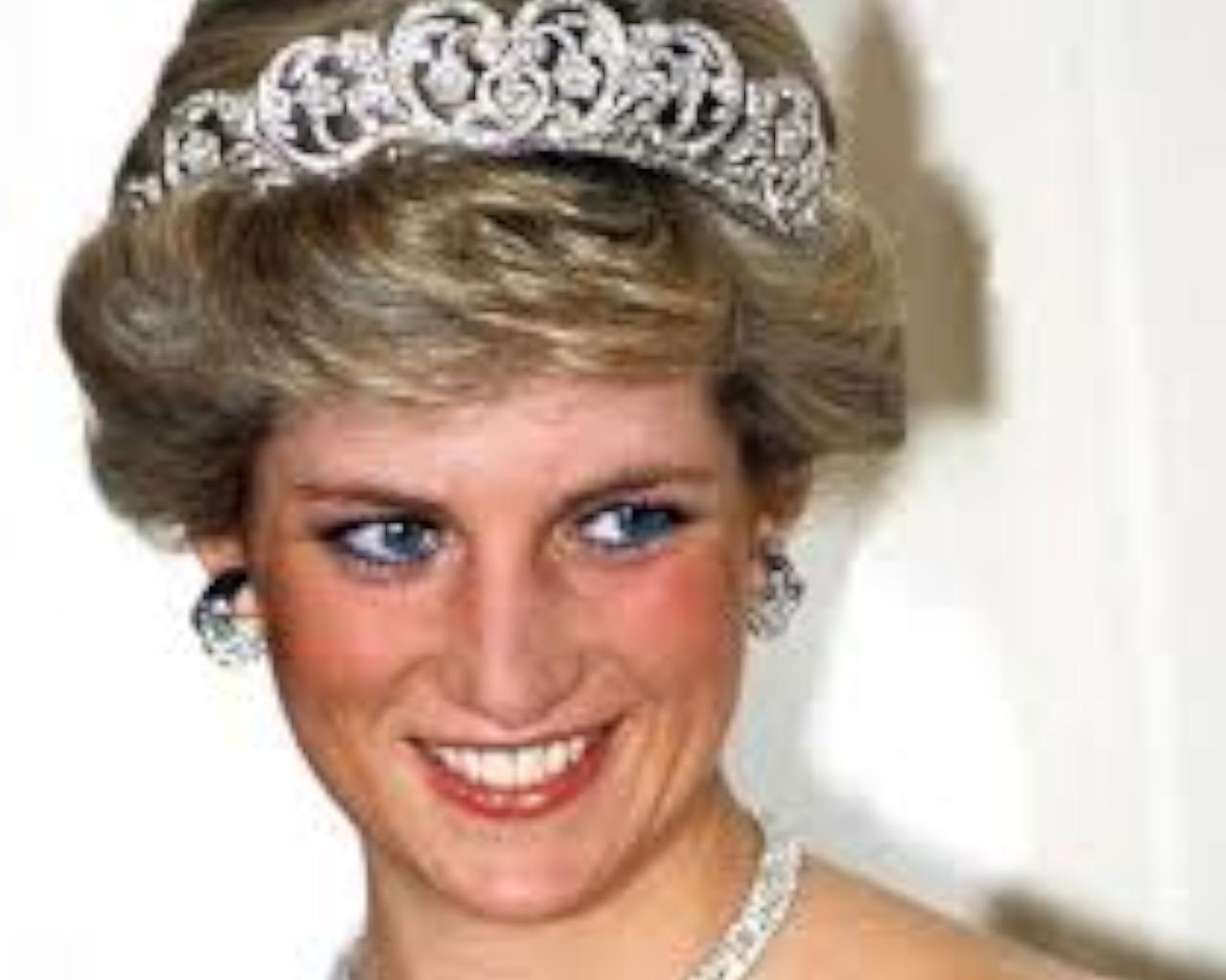 πριγκιπισσα νταιανα,πριγκιπισσα νταιανα κηδεια,πριγκιπισσα νταιανα ταφοσ,πριγκιπισσα νταιανα συνεντευξη,πριγκίπισσα νταϊάνα ταινία,πριγκιπισσα νταιανα υψοσ,πριγκιπισσα νταιανα κορη,πριγκιπισσα νταιανα θανατοσ,πριγκιπισσα νταιανα ζει